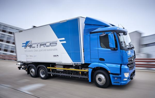 photo image Daimler Trucks launches E-Mobility Group; single global electric architecture