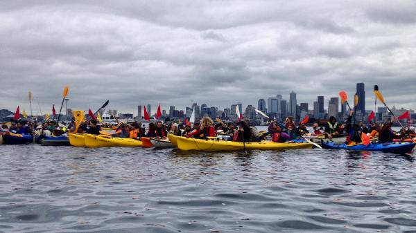 You have to see these pictures of Seattle's kayaking climate protesters