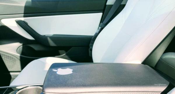 The Ongoing Parallels Between Tesla & Apple