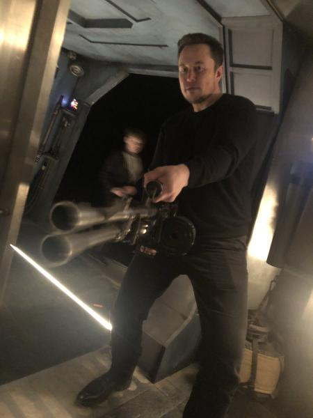 photo image Elon Musk Knows How To Get What He Wants (Video)