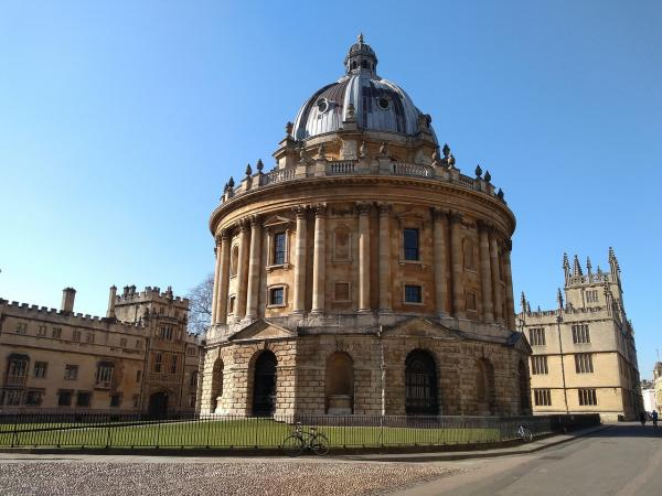 photo of Oxford University Has Pledged to Divest from Fossil Fuels – Now it Needs to Sever All Ties to the Industry image